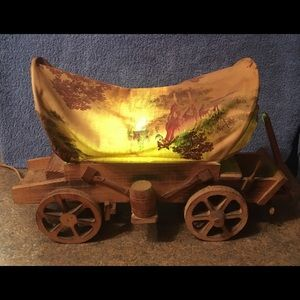 Other - Lighted Wooden Covered Wagon Lamp Display